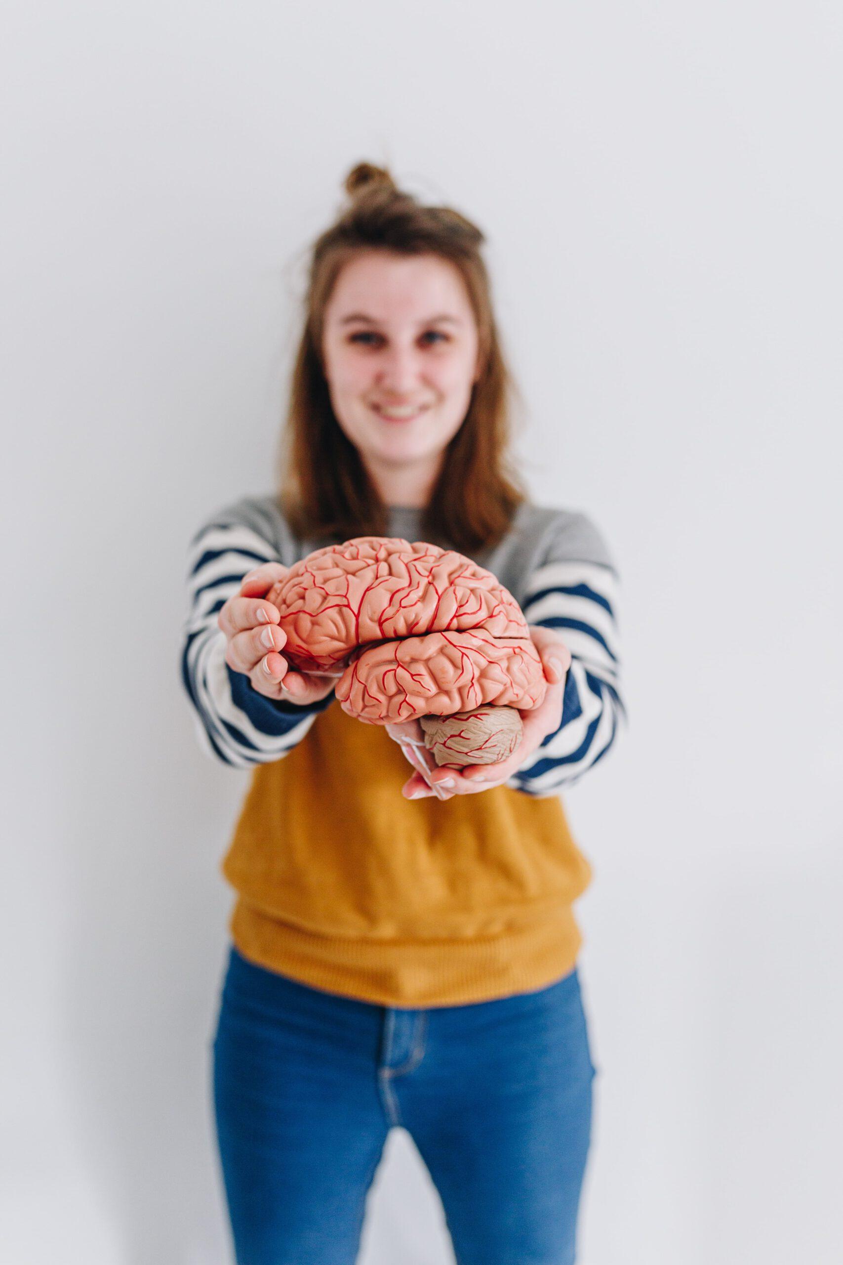 Streepjes shirt en een blije Evelien met hersenen